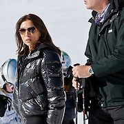AUD/Lech/20110219 - Fotosessie Nederlandse Koninklijke Familie 2011 op wintersport in Lech, ...............