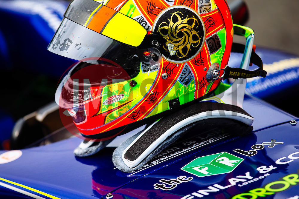 Lando Norris takes the Win in his first race of the weekend | #31 Carlin | MSA Formula Championship | Race 1 - Mandatory byline: Rogan Thomson/JMP - 07966 386802 - 10/10/2015 - MOTORSPORT - Brands Hatch GP Circuit - Fawkham, England - BTCC Meeting Day 1.