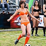 NLD/Amsterdam/20080518 - Opname strafschoppen EK Lingerie, strafschoppen Nederlandse team