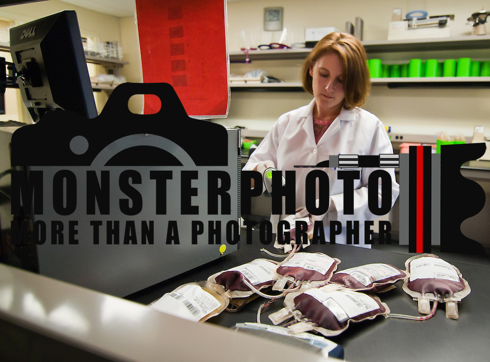 11/19/10 Newark DE: Lab Technician Heather Shotzberger processing units of Blood at the Blood Bank of Delmarva in Newark Delaware...Special to The News Journal/SAQUAN STIMPSON