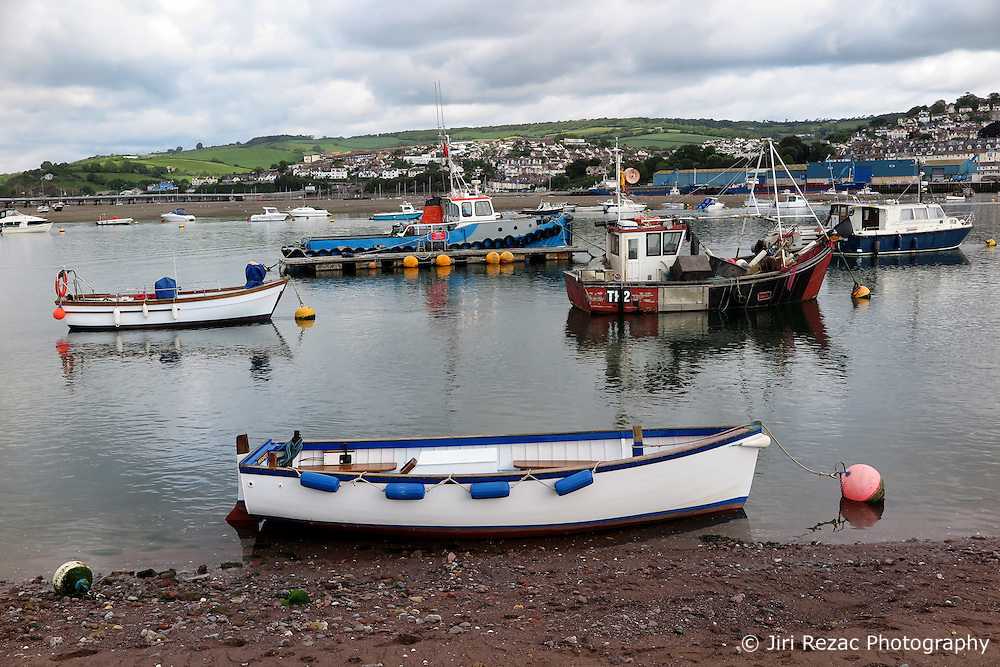 UK ENGLAND TEIGNMOUTH 30MAY15 - Small boats lie on the beach during low tide in Teignmouth, Devon.<br /> <br /> jre/Photo by Jiri Rezac<br /> <br /> © Jiri Rezac 2015