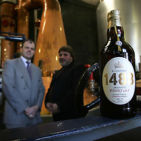 Launch of 1488 Whisky Ale by Tullibardine Distillery..<br />Pictured are Douglas Ross of Bridge of Allan brewery (right) and Doug Ross Director of Tullibardine Distillery.<br /><br />Picture by Graeme Hart.<br />Copyright Perthshire Picture Agency<br />Tel: 01738 623350  Mobile: 07990 594431