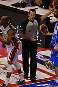 DESCRIZIONE : Pistoia Lega A 2014-2015 Giorgio Tesi Group Pistoia Banco di Sardegna Sassari<br /> GIOCATORE : arbitro<br /> CATEGORIA : arbitro<br /> SQUADRA : arbitro<br /> EVENTO : Campionato Lega A 2014-2015<br /> GARA : Giorgio Tesi Group Pistoia Banco di Sardegna Sassari<br /> DATA : 20/10/2014<br /> SPORT : Pallacanestro<br /> AUTORE : Agenzia Ciamillo-Castoria/GiulioCiamillo<br /> GALLERIA : Lega Basket A 2014-2015<br /> FOTONOTIZIA : Pistoia Lega A 2014-2015 Giorgio Tesi Group Pistoia Banco di Sardegna Sassari<br /> PREDEFINITA :