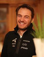 Alpint<br /> FIS World Cup<br /> Sölden Østerrike<br /> Foto: Gepa/Digitalsport<br /> NORWAY ONLY<br /> <br /> SOELDEN,AUSTRIA,21.OCT.16 - ALPINE SKIING - FIS World Cup season opening, Rettenbachferner, preview, Norges Skiforbund, men, press conference. Image shows head coach Christian Mitter (NOR).