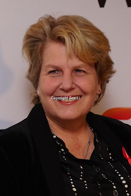 London Hilton, Park lane, England, UK. 1st December 2017. A host oLondon Hilton, Park lane, England, UK. 1st December 2017. Sandi Toksvig attends the Sky Women in Film and TV Awards. f celebrities attends the Sky Women in Film and TV Awards.