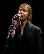 113011 Suzanne Vega