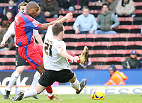 Photo: Alex Pelaez.<br /> Crystal Palace v Luton Town. Coca Cola Championship. 24/02/2007.<br /> Keane of Luton tackles Morrison of Palace