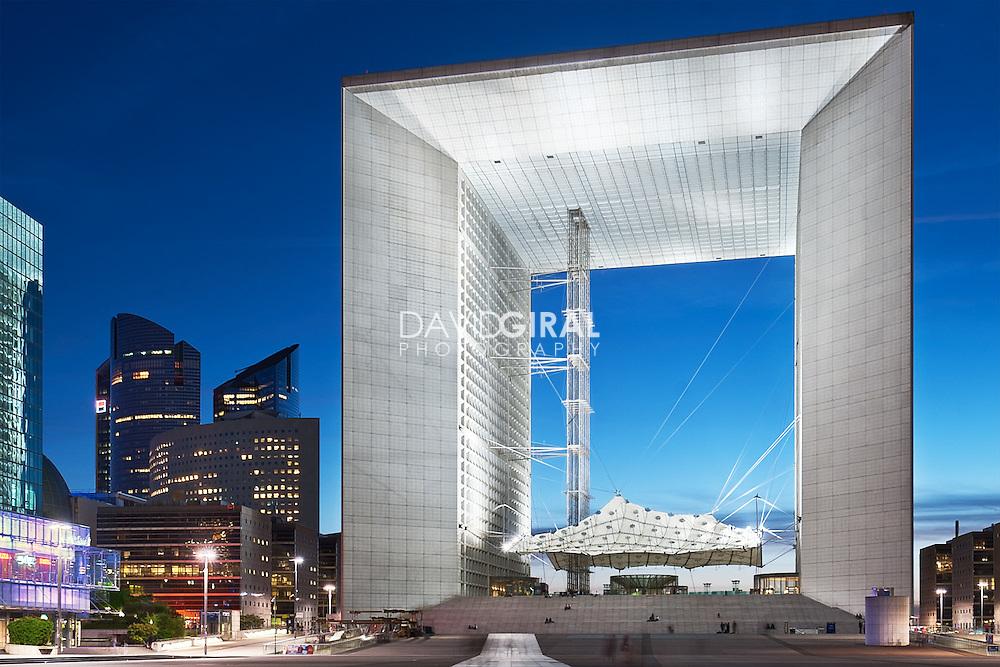 Architecture Photography: Grande Arche de La Défense, Courbevoie, Paris, France