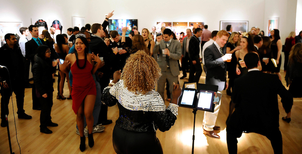 Nekita Waller entertains a crowd on New Years Eve, Dec 31, 2015 at the New Britain Museum of American Art.