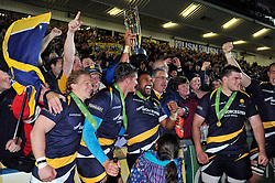 Cooper Vuna of Worcester Warriors celebrates with the crowd - Photo mandatory by-line: Patrick Khachfe/JMP - Mobile: 07966 386802 27/05/2015 - SPORT - RUGBY UNION - Worcester - Sixways Stadium - Worcester Warriors v Bristol Rugby - Greene King IPA Championship Play-off Final (Second leg)