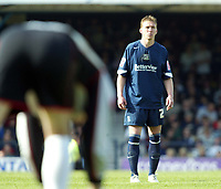 Photo: Chris Ratcliffe.<br /> Southend United v Doncaster Rovers. Coca Cola League 1. 22/04/2006.<br /> Freddie Eastwood of Southend can only watch on as Doncaster deny them promotion