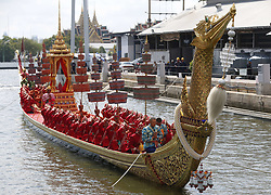 April 30, 2019 - Bangkok, Thailand - Thai oarsmen seen praying on a royal barge during the processions rehearsal ahead of the royal coronation of Thailand's King Maha Vajiralongkorn Bodindradebayavarangkun (Rama X) in Bangkok. (Credit Image: © Chaiwat Subprasom/SOPA Images via ZUMA Wire)