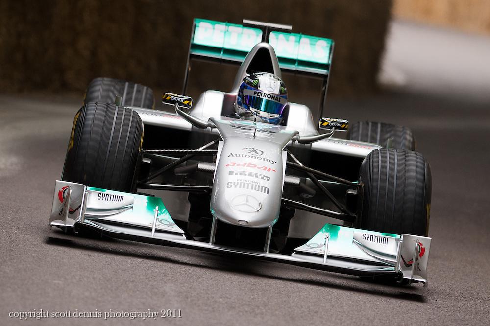 Mercedes MGP W01 - Sam Bird/Nico Rosberg