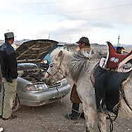 Mongolia. street life in  Lun  - Mongolia   / scenes de rues a  Lun - Mongolie  / MNG450