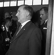 05/09/1961<br /> 09/05/1961<br /> 05 September 1961<br />  Minister for Posts and Telegraphs Michael Hilliard launches Telefis Eireann. The minister at the Kippure transmitter site, Co. Dublin/Wicklow.