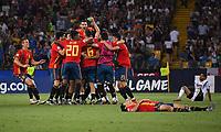 FUSSBALL UEFA U21-EUROPAMEISTERSCHAFT FINALE 2019  in Italien  Spanien - Deutschland   30.06.2019 SCHLUSSJUBEL Teamkreis  Spanien