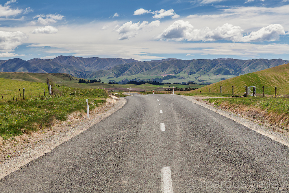 Duntroon road near Elephant rocks Otago
