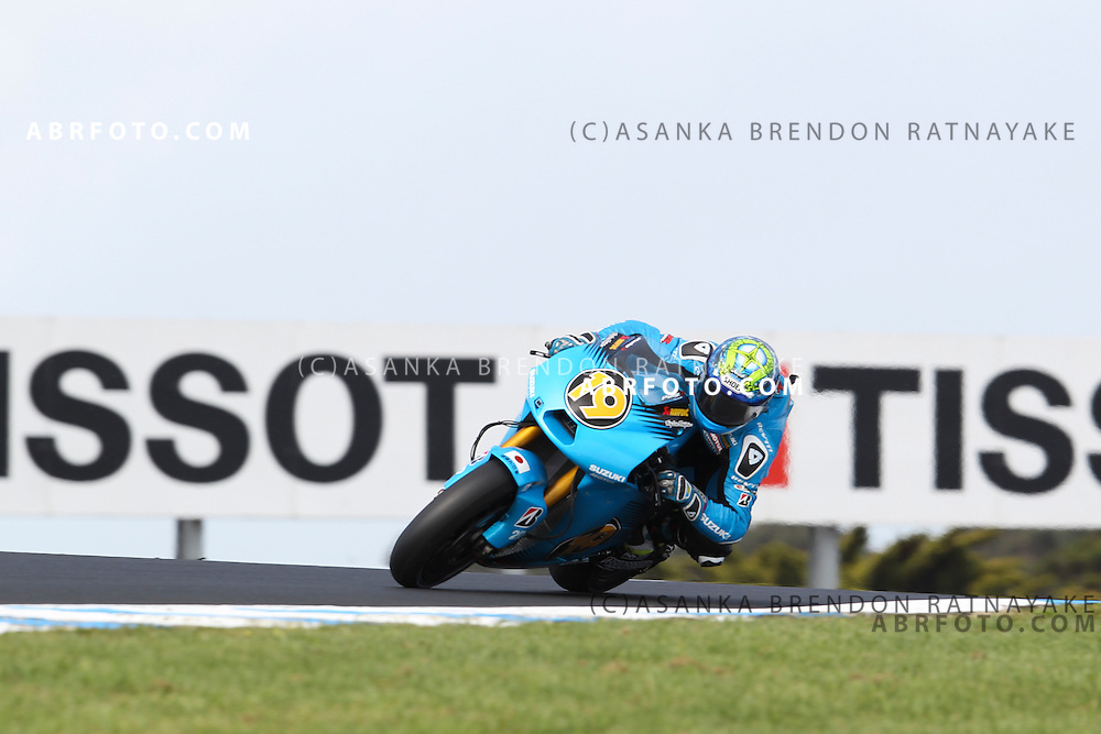 16 October 2011: Alvaro Bautista (19) riding the Rizla Suzuki turns into turn 9 during the IVECO Australian MotoGP Grand Prix at the Phillip Island Circuit in Phillip Island, Victoria, Australia.