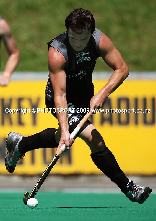 NZ's Lloyd Stephenson.<br /> International hockey match - New Zealand Black Sticks v India at National Hockey Stadium, Wellington. Saturday, 20 February 2009. Photo: Dave Lintott/PHOTOSPORT
