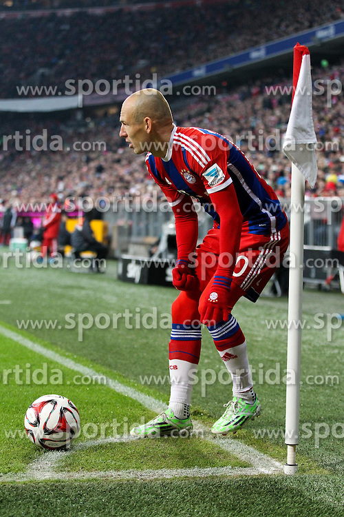 27.02.2015, Allianz Arena, Muenchen, GER, 1. FBL, FC Bayern Muenchen vs 1. FC K&ouml;ln, 23. Runde, im Bild Arjen Robben #10 (FC Bayern Muenchen) bei der Ecke // during the German Bundesliga 23rd round match between FC Bayern Munich and 1. FC K&ouml;ln at the Allianz Arena in Muenchen, Germany on 2015/02/27. EXPA Pictures &copy; 2015, PhotoCredit: EXPA/ Eibner-Pressefoto/ EXPA/ Kolbert<br /> <br /> *****ATTENTION - OUT of GER*****