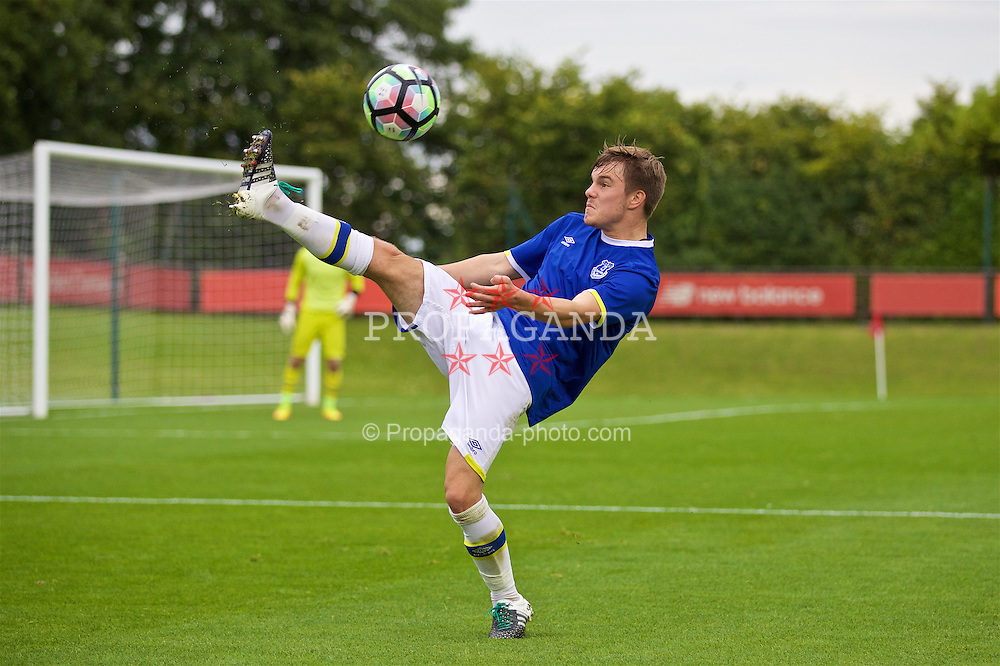 KIRKBY, ENGLAND - Saturday, September 24, 2016: Everton's Liam Morris in action against Liverpool during the Under-18 FA Premier League match at the Kirkby Academy. (Pic by David Rawcliffe/Propaganda)