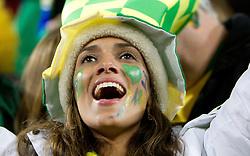 15.06.2010, Ellis Park, Johannesburg, RSA, FIFA WM 2010, Brasilien vs Nordkorea im Bild eine hübsche brasilianerin feuert ihre Selecao an, EXPA Pictures © 2010, PhotoCredit: EXPA/ Sportida/ Vid Ponikvar