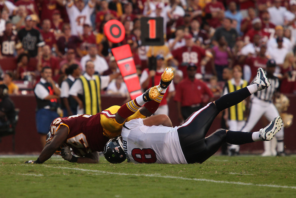 Landover, Md., Sept. 19, 2010 - Washington Redskins vs. Houston Texans - Fletcher sacks Schaub