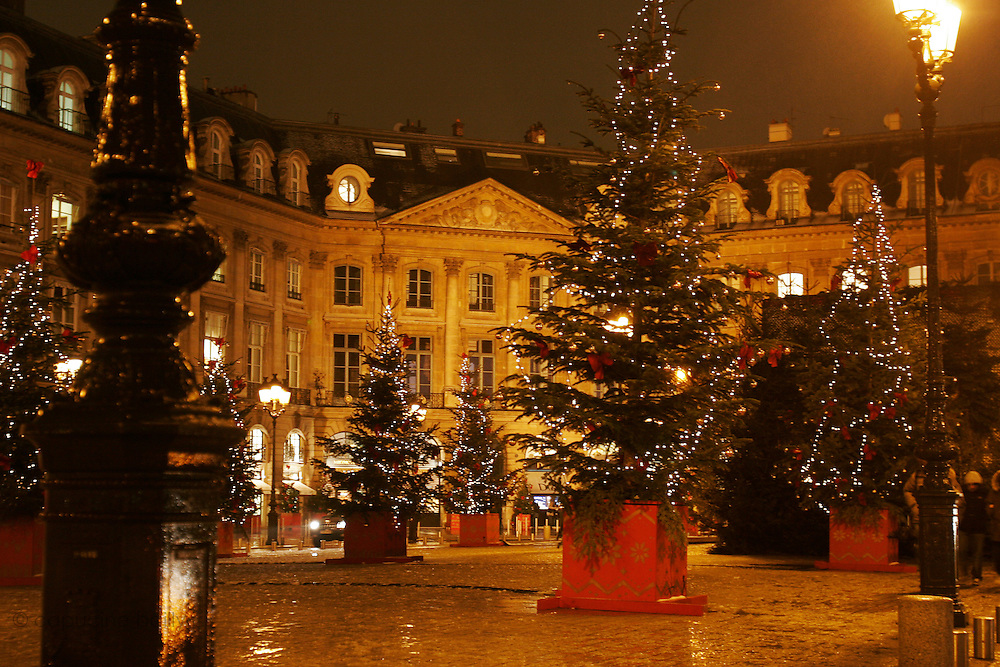 Paris, France. December 31st 2005..Christmas atmosphere.
