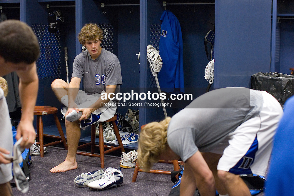 28 May 2007: Duke Blue Devils pregame in the locker room before playing Johns Hopkins in the NCAA Championship at M&T Stadium in Baltimore, MD.