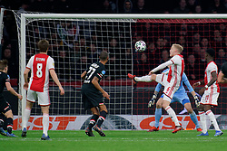 Donny van de Beek #6 of Ajax in action during the Dutch Eredivisie match round 25 between Ajax Amsterdam and AZ Alkmaar at the Johan Cruijff Arena on March 01, 2020 in Amsterdam, Netherlands