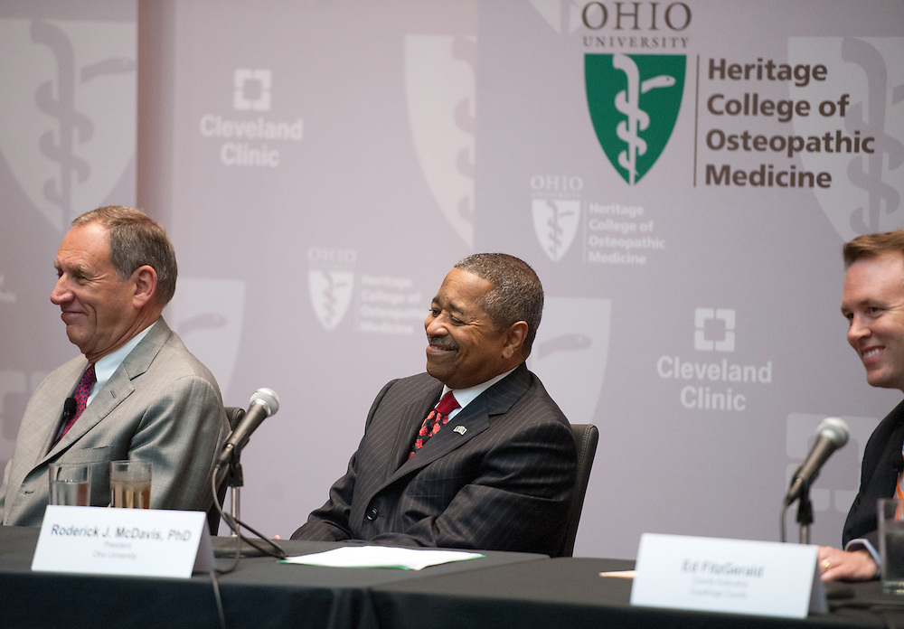 (Left to Right) Cleveland Clinic CEO Toby Cosgrove, Ohio University President Dr. Roderick McDavis and Cuyahoga County Executive Ed Fitzgerald answer questions at a press conference at Southpointe Hospital.g