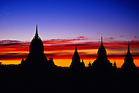 Sunset on the pagodas of Bagan (Pagan) from the Shwesandaw Pagoda, Burma (Myanmar)
