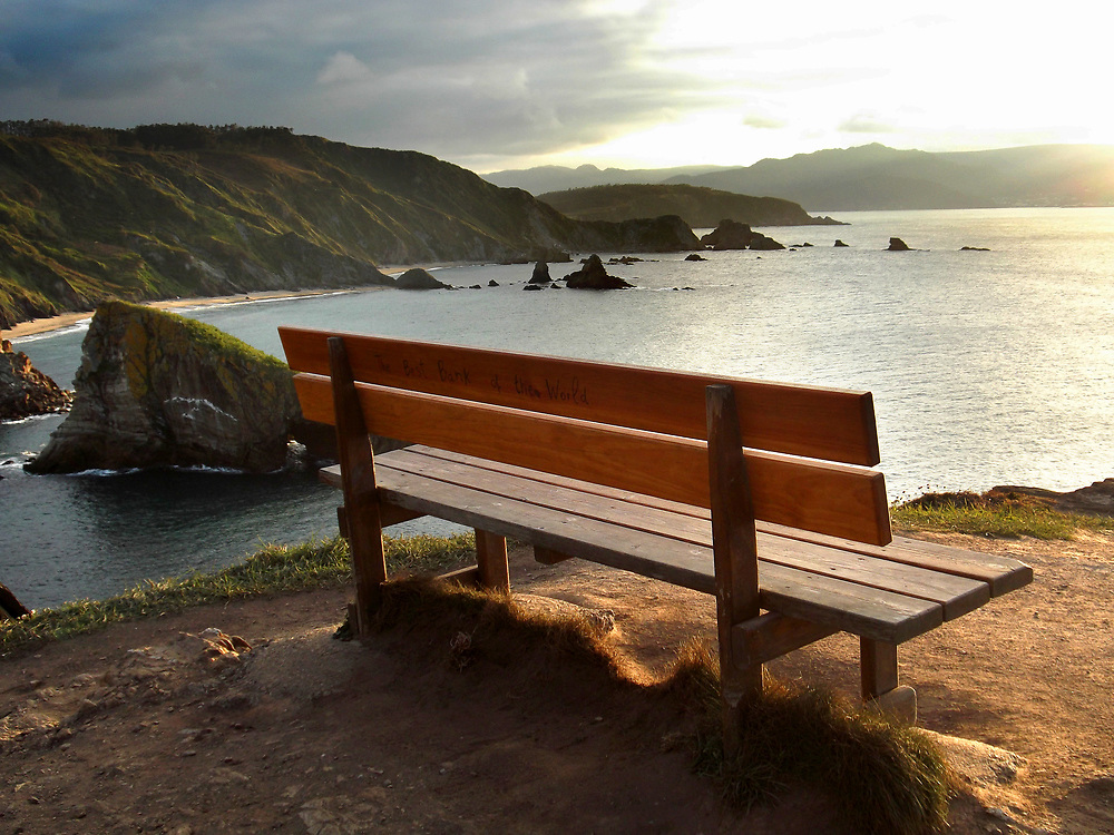 The most beautiful bench in the world is located in Loiba (A Coruña - Spain)