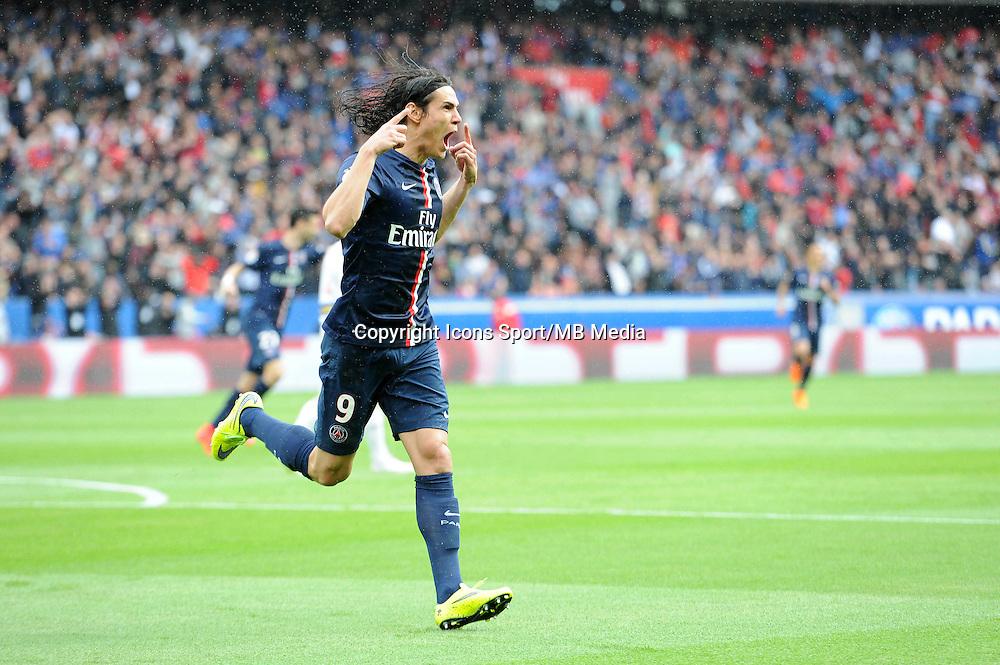 Joie Edinson CAVANI - 25.04.2015 - Paris Saint Germain / Lille - 34eme journee de Ligue 1<br />Photo : Nolwenn Le Gouic / Icon Sport