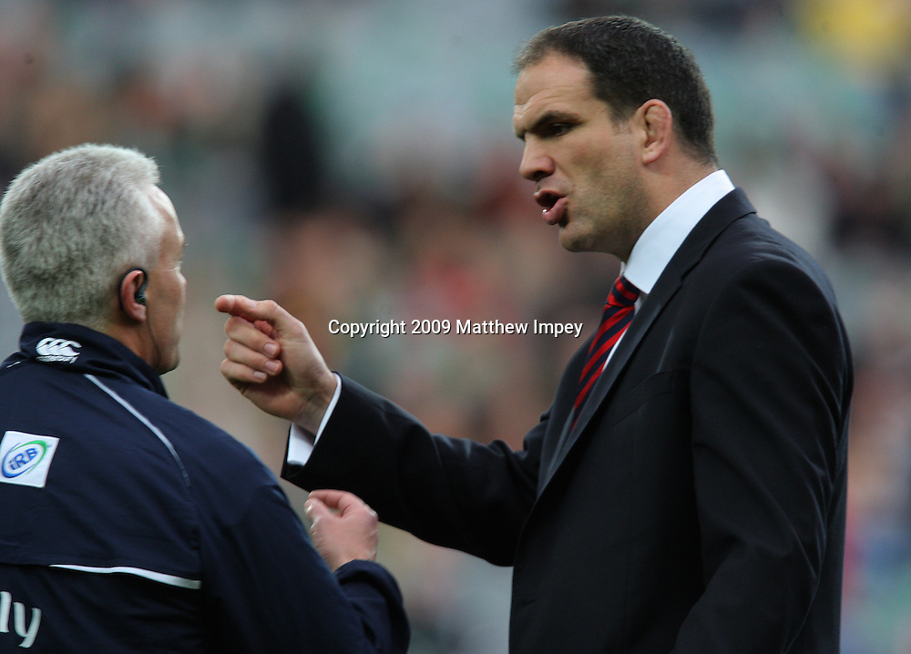 Martin Johnson the England team manager before the match with Alan Lewis the 4h official. Ireland v England, 6 Nations Rugby Championship, Rugby Union, Croke Park, Dublin, 28/02/2009 © Matthew Impey/Wiredphotos.co.uk. tel: 07789 130 347 email: matt@wiredphotos.co.uk