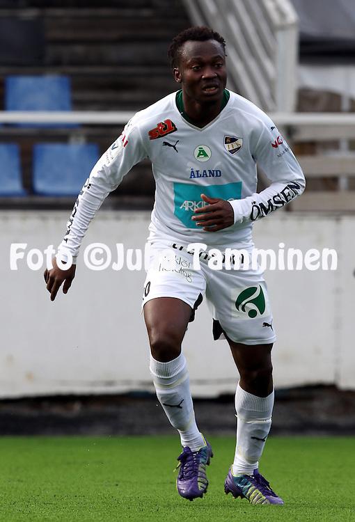 16.4.2015, Tehtaan kentt&auml;, Valkeakoski.<br /> Suomen Cup 2015, 6. kierros<br /> Ilves - IFK Mariehamn<br /> Anthony Dafaa - IFK Mhamn