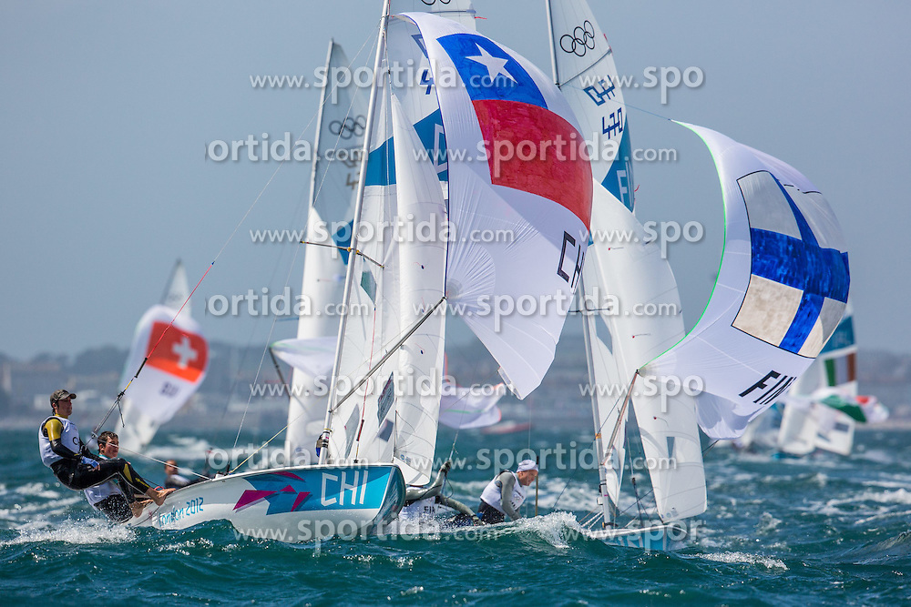 02.08.2012, Bucht von Weymouth, GBR, Olympia 2012, Segeln, im Bild Gonzalez Diego, Grez Benjamin, (CHI, 470 Men), Lindgren Joonas, Lindgren Niklas, (FIN, 470 Men) // during Sailing, at the 2012 Summer Olympics at Bay of Weymouth, United Kingdom on 2012/08/02. EXPA Pictures © 2012, PhotoCredit: EXPA/ Daniel Forster ***** ATTENTION for AUT, CRO, GER, FIN, NOR, NED, POL, SLO and SWE ONLY!