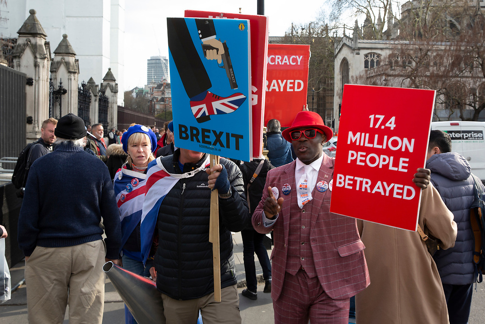 Leave means leave demonstrators with EU demonstrators who have been outside parliament on a daily basis since September 2017 after the country voted to leave the European Union. House of Commons, Westminster, London, United Kingdom  (photo by Andrew Aitchison / In Pictures via Getty Images)