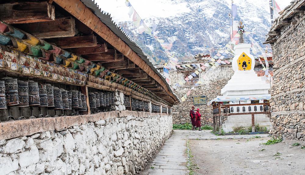 Prayer wheels in Manang (Nepal)