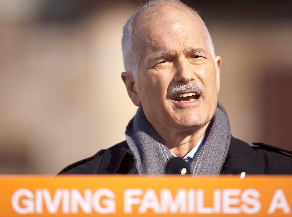 NDP leader Jack Layton speaks to the media at a campaign event in Brantford, Ontario, March 29, 2011. Layton announced his plan to limit credit card fees for consumers and small businesses. Canadians will be heading to the polls May 2.<br /> AFP/GEOFF ROBINS/STR