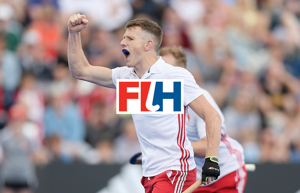 LONDON, ENGLAND - JUNE 25: Sam Ward of England celebrates his teams third goal during the 3rd/4th place match between Malaysia and England on day nine of the Hero Hockey World League Semi-Final at Lee Valley Hockey and Tennis Centre on June 25, 2017 in London, England. (Photo by Alex Morton/Getty Images)