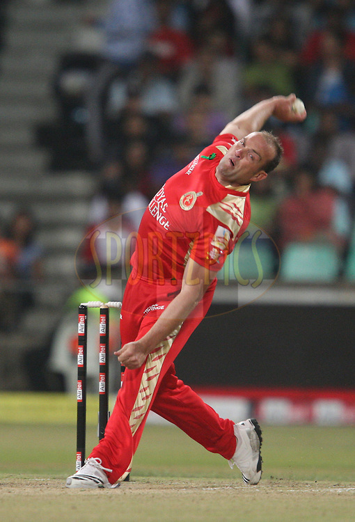 Jacques Kallis during match 15 of the Airtel CLT20 between The Mumbai Indians and the Royal Challengers Bangalore held at Kingsmead Stadium in Durban on the 19 September 2010..Photo by: Steve Haag/SPORTZPICS/CLT20.