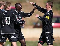 Fotball , 28. mars 2008 , Privatkamp La Manga , Sarpsborg Sparta - Sandnes Ulf 1-0,  <br /> El-Hadji Makhtar Thioune, Spart har scoret og jubler med blant anet Are Tronseth