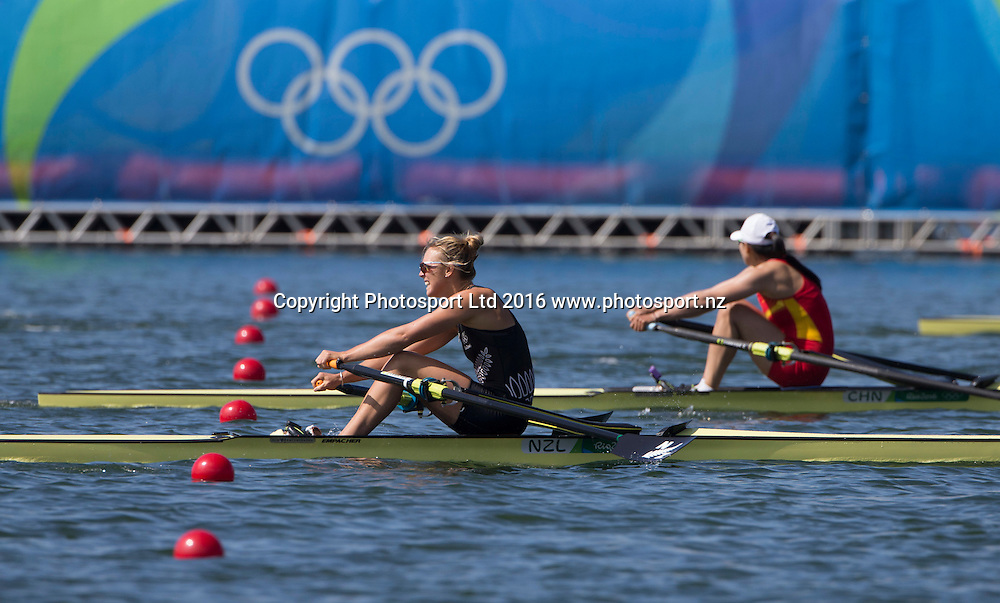 New Zealand's Emma Twigg in the womens single skulls at Lagoa Stadium, Olympic rowing.  Rio Olympics Games 2016, Rio de Janeiro. Friday 12 August, 2016. Copyright photo: John Cowpland / www.photosport.nz