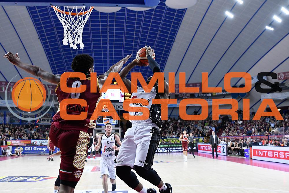 umeh<br /> Umana Reyer Venezia - Segafredo Virtus Bologna<br /> Legabasket Serie A 2017/18<br /> Venezia, 04/03/2018<br /> Foto G.Checchi / Ciamillo-Castoria