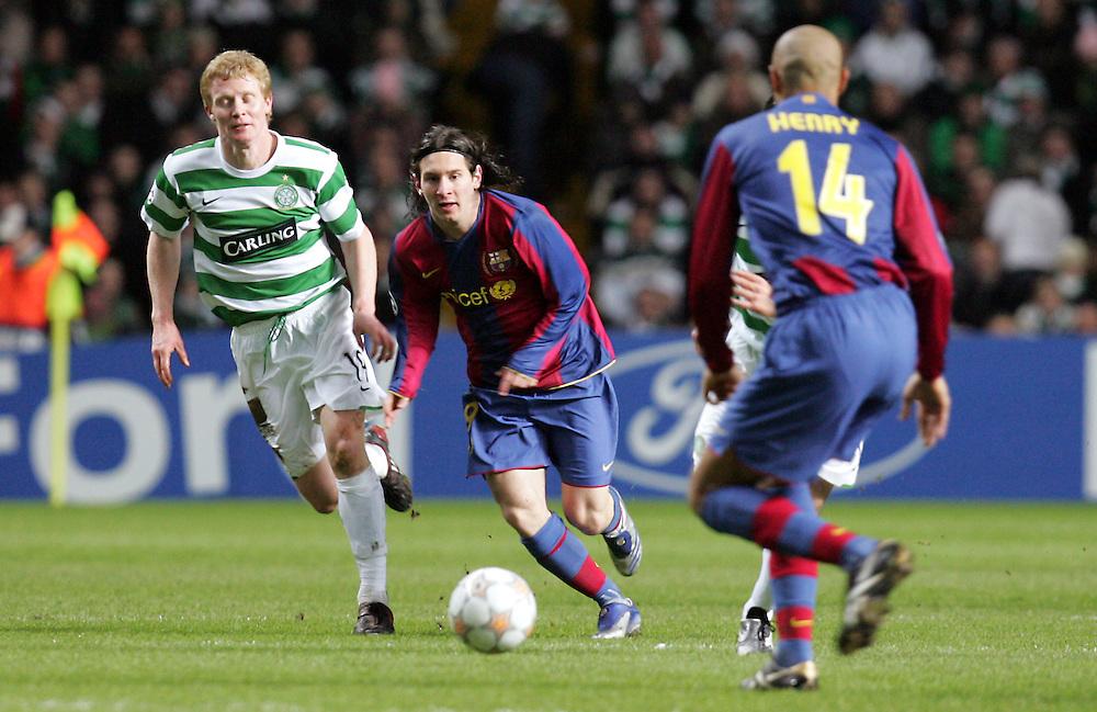 Lionel Messi attacks. Celtic v Barcelona, Uefa Champions League, Knockout phase, Celtic Park, Glasgow, Scotland. 20th February 2008.