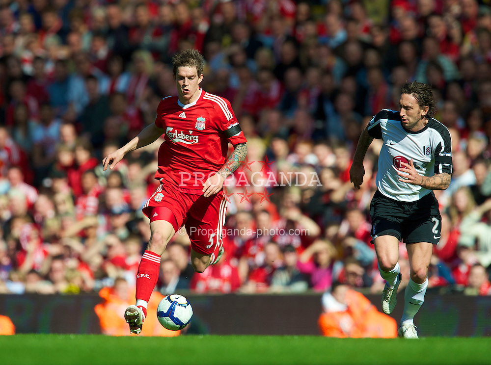 LIVERPOOL, ENGLAND - Sunday, April 11, 2010: Liverpool's Daniel Agger in action against Fulham during the Premiership match at Anfield. (Photo by: David Rawcliffe/Propaganda)