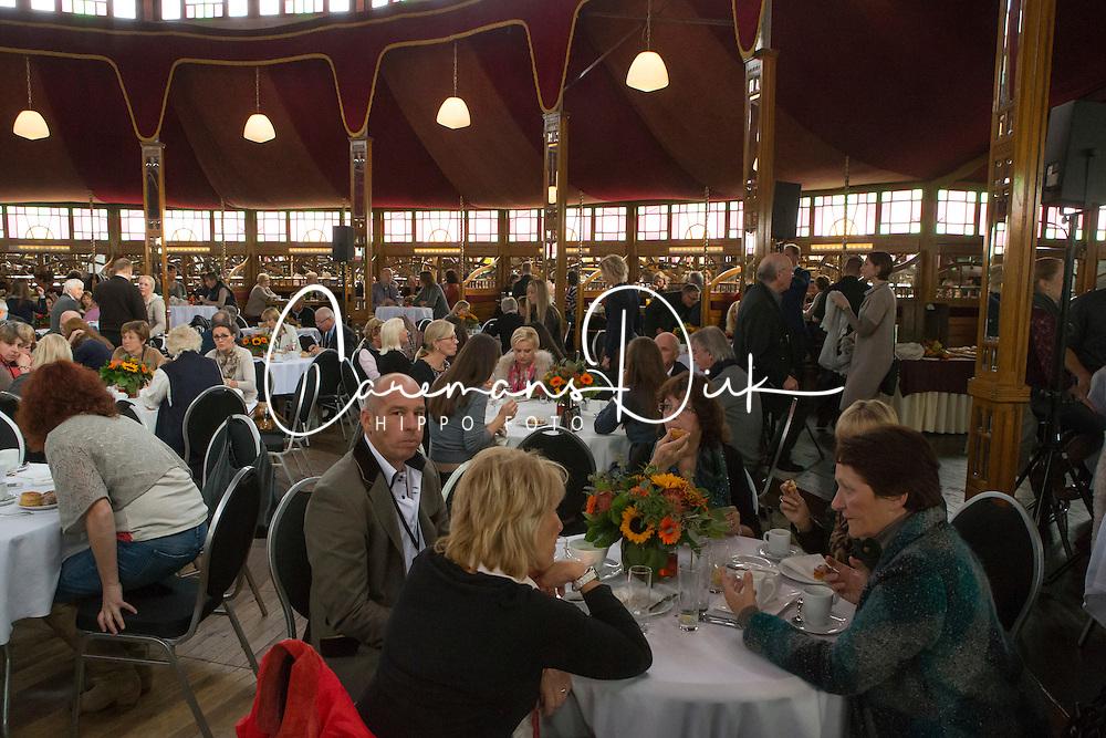 Catering<br /> Global Dressage Forum - Academy Bartels <br /> Hooge Mierde 2012<br /> &copy; Dirk Caremans