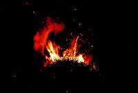 """Accensione della """"Focara"""" durante la festa di """"Sant'Antonio Abate e la Focara di Novoli, I giorni del fuoco"""" a Novoli in provincia di Lecce. 16/01/2009 (PH Gabriele Spedicato).."""