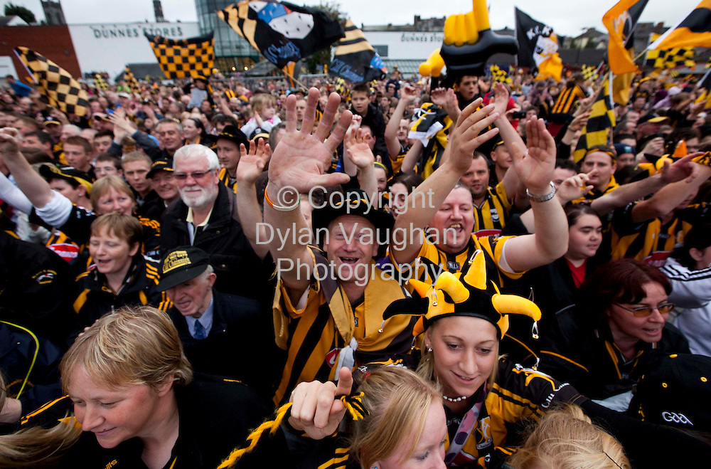 6/9/2009.Fans celebrate  at the Kilkenny All Ireland homecoming..Picture Dylan Vaughan.